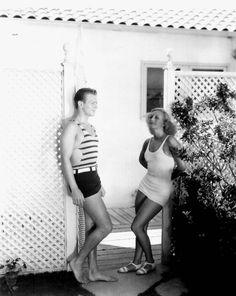 The Beautiful People, 1930s edition: Joan Crawford & Douglas Fairbanks Jr. in swimwear: