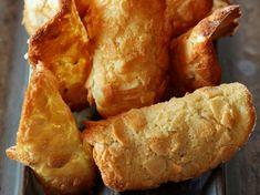 Découvrez la recette Tuiles aux amandes Thermomix sur cuisineactuelle.fr.