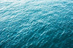 Minimalistic Blue Calm Sea Free Stock Photo Download | picjumbo