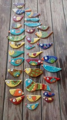 inspiration for stone painting aa - aa Inspiration painting saltdough Stone Clay Birds, Ceramic Birds, Ceramic Animals, Ceramic Clay, Ceramic Pottery, Arte Pallet, Clay Christmas Decorations, Cerámica Ideas, Keramik Design