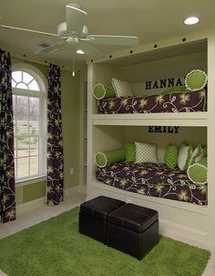 A bedroom with built-in bunk beds at Moreland Estates in Ashburn, VA.