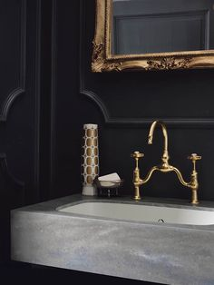 Portraits of Life - New Tradition  New DuPont™ Corian® Bathroom Collection