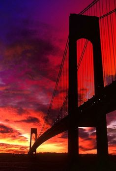 Golden Gate Bridge, San Francisco - saw this in but was too far for a good view. Would like to see it again, closer. Places Around The World, Oh The Places You'll Go, Places To Visit, Around The Worlds, Beautiful Sunset, Beautiful World, Beautiful Places, Belle Photo, Travel Usa