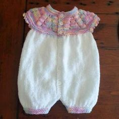 FREE PATTERN..marianna's lazy daisy days: Top Down All-in-One Romper Suit