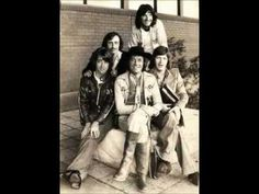 """THE HOLLIES / THE AIR THAT I BREATHE (1974) -- Check out the """"Super Sensational 70s!!"""" YouTube Playlist --> http://www.youtube.com/playlist?list=PL2969EBF6A2B032ED #70s #1970s"""