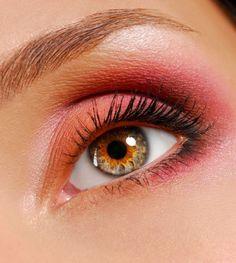 Eyemake up: red | Natural red make up en » Cosmetics » Gallery » Hairdresser-Models ...