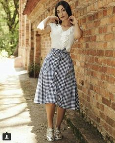 65 Best ideas for skirt outfits hijab style Mode Outfits, Skirt Outfits, Dress Skirt, Midi Skirt, Waist Skirt, Modest Fashion, Fashion Dresses, Essentiels Mode, Summer Outfits
