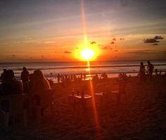 Still hangin  #sunset #beer #friends #photography #life #beach #surf #bali #cirebon #jepara #indonesia #netherlands #traveler #traveller #traveling #travelling #mylife #myadventure #theworldguru #globetrotter #backpacker #backpacking #travel #travelasia #travelindonesia #explore #exploreindonesia ( # @elartbreuker via @latermedia )