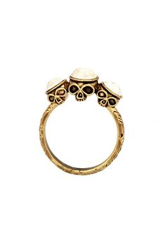 Skull ring #houseofharlow1960 #thetrendboutique #style #fashion