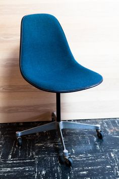 Eames Rolling Blue Side Chair