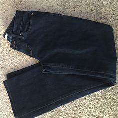 Joe Jeans 25 In good/great shape. No rips or tears. Fit: honey inseam inseam 30 inches Joe's Jeans Jeans Boot Cut