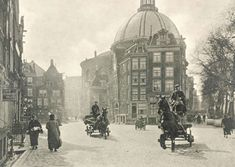 Amsterdam 1920. We lived in the left house as students in 1968 !