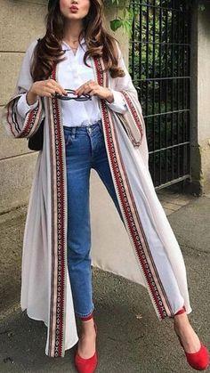 Pakistani Dresses Casual, Indian Fashion Dresses, Indian Designer Outfits, Kimono Fashion, Hijab Fashion, Fashion Outfits, Pakistani Fashion Casual, Indian Gowns, Fashion Goth