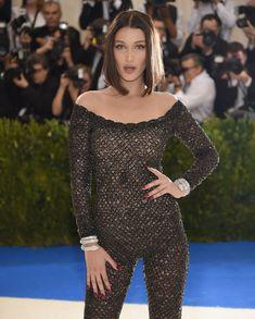 Bella Hadid e Kendall Jenner al Met Gala 2017: nude look a confronto   DireDonna