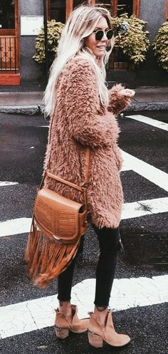 Moda chic outfits fashion trends New ideas Winter Mode Outfits, Winter Outfits Women, Winter Fashion Outfits, Fall Outfits, Fashion Clothes, Skirt Outfits, Winter Dresses, Maxi Dresses, Fashion Dresses