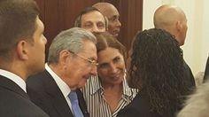#Fotos: #RaúlCastro se reúne con amigos de #Cuba en #NuevaYork   #CubaMovingAhead https://micubaporsiempre.wordpress.com/2015/09/28/en-fotos-raul-castro-se-reune-con-amigos-de-cuba-en-nueva-york-cubamovingahead/