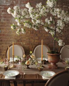 Spring Wedding Flowers We Love, Love, Love From Our Favorite Florists - Think Tall