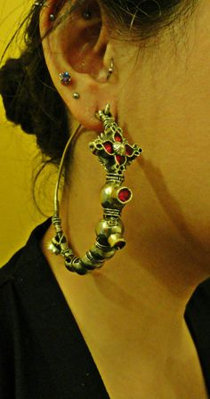Afghan Tribal Kuchi Women Earrings.Metal Domed Earrings.Pink Stone Jewelry.Afghan jewelry.Statement earrings.Hoop Earrings.Silver Earrings.