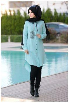 Modern Hijab Fashion, Muslim Women Fashion, Pakistani Fashion Casual, Arab Fashion, Islamic Fashion, Modest Fashion, Fashion Outfits, Modele Hijab, Fancy Dress Design