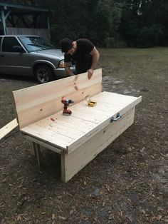 DIY pine wood slat bed in couch position Camper Beds, Diy Camper, Camper Hacks, Truck Bed Camping, Van Camping, Vw T5, Van Bed, Kombi Home, Van Home
