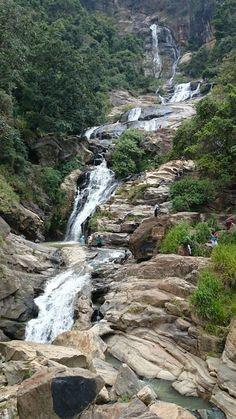 Rawana waterfalls Ella Sri Lanka. Kijk voor meer reisinspiratie op www.nativetravel.nl