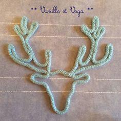 L'idée de commander un prénom en tricotin peut être une idée de cadeau de naissance original : prénom ou forme en tricotin sur commande
