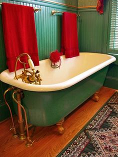 Green bathroom with clawfoot tub Bathroom Red, Bathroom Colors, Bathroom Ideas, Bathroom Carpet, Vanity Bathroom, Bathroom Basin, Bathroom Cabinets, Bathroom Inspiration, Teal Baths