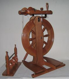 Ettrick Upright Double treadle spinning wheel - I owned a wheel like this for a short time.