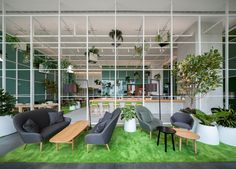 Open House at Central Embassy / Klein Dytham architecture - office inspiration - breakout - collaboration - green Retail Interior, Cafe Interior, Office Interior Design, Office Interiors, Architecture Design, Architecture Office, Commercial Design, Commercial Interiors, Studio Floor Plans