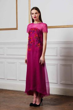 These are the colours you will be wearing in winter: Sangria (bright berry) Matthew Williamson pre-fall 2014