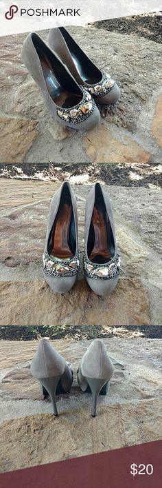 Gianni Bini size 8.5 gray embellished heels Gianni Bini size 8.5 gray suede embellished heels Gianni Bini Shoes Heels