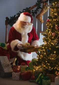 ✴Buon Natale e Felice Anno Nuovo✴Merry Christmas and Happy New Year✴ Christmas Photo, Merry Christmas To All, Christmas Scenes, The Night Before Christmas, Noel Christmas, Father Christmas, Christmas Pictures, Winter Christmas, Vintage Christmas