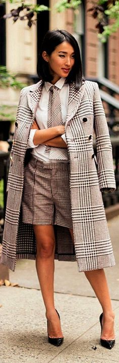 Trendy suit - cool photo Business Attire, Business Fashion, Business Chic, Street Chic, Street Style, Cool Outfits, Summer Outfits, Trendy Suits, Style Personnel