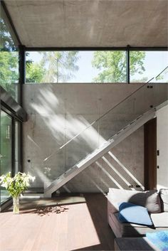 House O - New residential building in Potsdam-Mittelmark - Potsdam, Germany - 2011 - Peter Ruge Architekten #interiors #stair #concrete