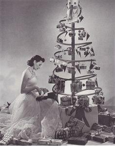 Lovely actress-dancer Ann Miller decorates the Chubbiest Little ...