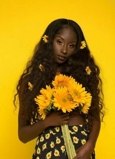 Trendy Flowers In Hair Art Black Girl Aesthetic, Flower Aesthetic, Aesthetic Dark, Aesthetic Yellow, Makeup Aesthetic, Black Girl Magic, Black Girls, Mellow Yellow, Black In Yellow