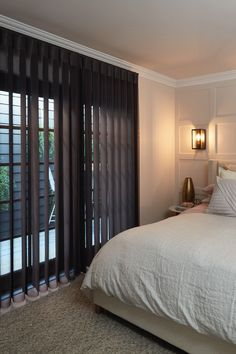 Luxaflex LumiShade™ Child Safe Blinds combines the versatility of a vertical blind with the elegant appeal of a soft window furnishing. Bedroom Inspirations, Home Bedroom, Room Renovation, Interior, Classic Window, Blinds, Three Birds Renovations, Home Decor, Lounge Room