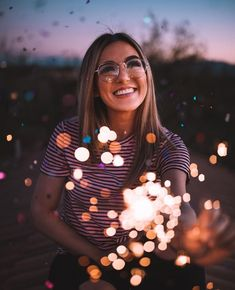 Beautiful lights and colors Beautiful lights and colors – girl photoshoot poses Fairy Light Photography, Girl Photography Poses, Creative Photography, Modelling Photography, Film Photography, Picture Poses, Photo Poses, Picture Ideas, Insta Photo Ideas