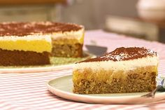 Tarte aux pommes, super juteuse - Bake & Cake - gateaux et desserts Easy Baking Recipes, Cake Recipes, Snack Recipes, Snacks, Fall Desserts, Cookie Desserts, Pumpkin Spice Cupcakes, Savoury Cake, Ice Cream Recipes