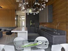 Mozhaisk Apartment by Alexandra Fedorova
