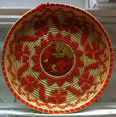 Artigianato tipico sardo - Cestino, Basket Sardinia.
