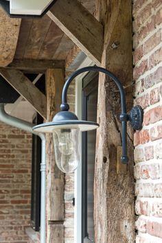 Landelijk wonen in het groen Wall Lights, Home And Garden, House, Patio Design, House Styles, House Inspiration, Garden Lighting Design, Home Styles, Belgian Style