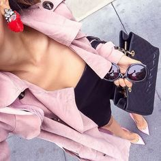 Who doesn't love a pink trench?...See this Instagram photo by @shallwesasa • 657 likes