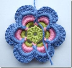 DIY crocheted flower, great tutorial.  Thought you might like this one @Rebekah Krieger