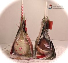 cool way to package a cakepop Christmas Cake Pops, Christmas Treats, Christmas Baking, Christmas Cookies, Cake Pop Boxes, Paletas Chocolate, No Bake Cake Pops, Magnum Paleta, Cake Pop Displays