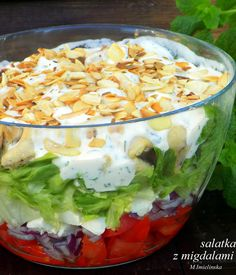 sałatka z fetą i migdałami Salad Recipes, Healthy Recipes, Feta Salat, Food To Make, Catering, Cabbage, Clean Eating, Appetizers, Food And Drink