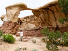 The Devil's Garden makes a fun, short excursion in Grand Staircase-Escalante National Monument. This southern Utah destination is filled hoodoos and arches.