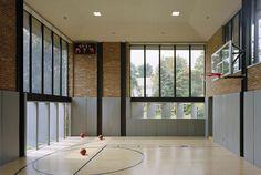 Modern Private Gym Space Building Inspiration - Home Design Ideas Home Basketball Court, Basketball Room, Sports Court, Basketball Shoes, Indiana Basketball, Home Design, Design Ideas, Indoor Gym, Gym Room
