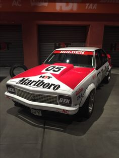 Australian Muscle Cars, Aussie Muscle Cars, Classic Auto, Classic Cars, Holden Muscle Cars, Holden Australia, V8 Supercars, Car Images, Nice Cars