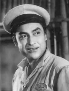 The first superstar of Indian cinema had a very ordinary name, Kumudlal Kanjilal Ganguly, when he came to Mumbai wanting to be a director. He was suddenly brought to the forefront by brother-in-law, S. Mukherjee, when the male lead of Jeevan Naiyya (1936), Najmul Hasan, was dropped after a scandalous elopement with Devika Rani, the wife of producer Himanshu Rai. Ashok Kumar, Vintage Bollywood, Indian Movies, Bollywood Stars, Bollywood Celebrities, Incredible India, Movie Stars, Superstar, Cinema